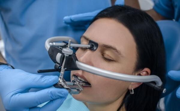 щелчок при открывании рта